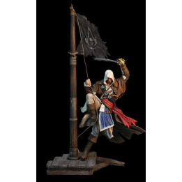 ASSASSINS CREED 4 BLACK FLAG EDWARD KENWAY STATUE
